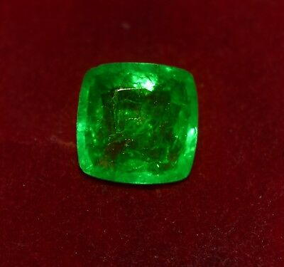 Natural Green Emerald, GGL Certified 4.65 Cts Emerald Shape Zambian Gem
