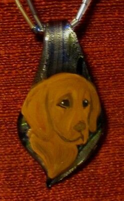 Vizsla hand -painted on a Murano glass leaf pendant/bead/necklace