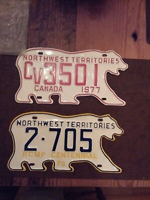 Lot of 4 North West territories polar bear plates must see