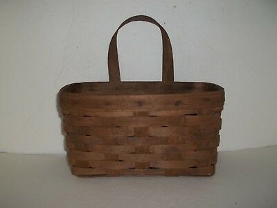 1983 SIGNED LONGABERGER WALL HANGING BASKET WITH HANDLE Dark Stain