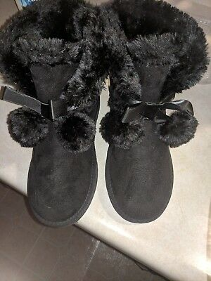 bc85f735e0a NEW UGG GITA black ankle boots leather pom pom shoes womens size 7
