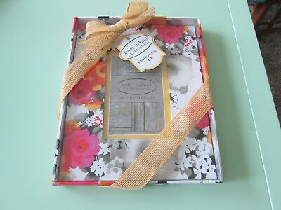 """Kathy Ireland Expressions--Wild Flower Photo Frame -- Fits 4"""" x 6"""" -- New in box"""