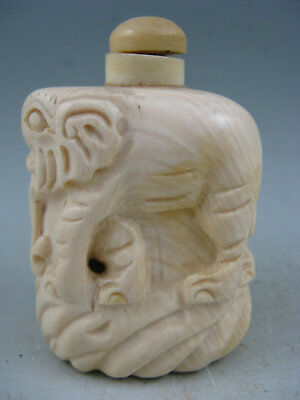 Collectible Chinese Old Cattle Bone Hand Carved Elephant Snuff Bottle