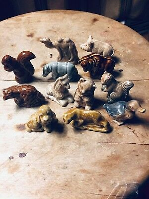 Wade Whimsies, 12 Pieces, Mixed Animals