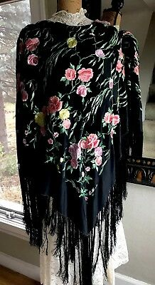 Stunning Vintage Embroidered Black Silk/Crepe?Piano Shawl Long Fringes Floral