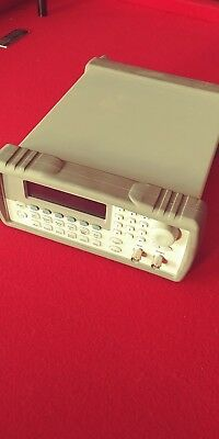 Agilent 33220A 20MHz Function/Arbitrary Waveform Generator