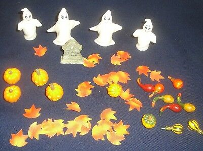 Lemax Spooky Town Lot of Ghosts, Gravestone, Pumpkins, Gourds, Leaves