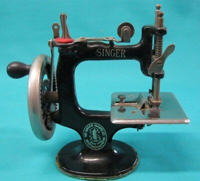 Antique Childs Singer Electric Sewing Machine