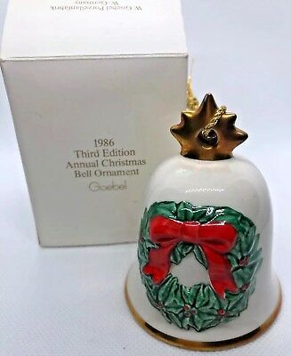 1986 Goebel Hummel Annual Christmas Bell Ornament Wreath with Box ~ Germany