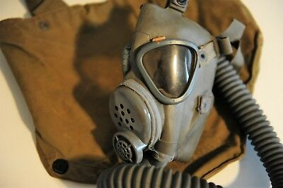 WWII US Army Gas Mask and Bag, Original WW2 Vintage