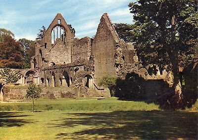 Dryburgh Abbey : South Transept & Cloisters