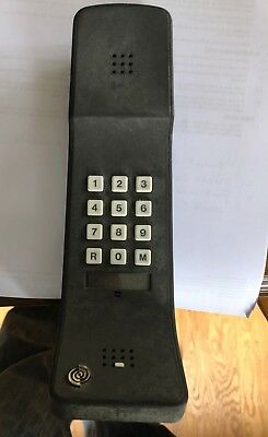 BT Eiger by Gfeller.  1981. Vintage uk telephone British Telecom
