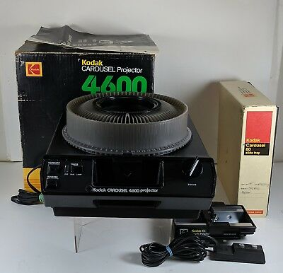 Kodak Carousel 4600 Slide Projector With 80 Count Slide Tray-Remote & Stack Load