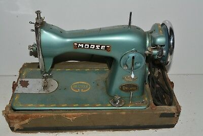 Vintage Morse 200 Deluxe Sewing Machine W/carrying Case