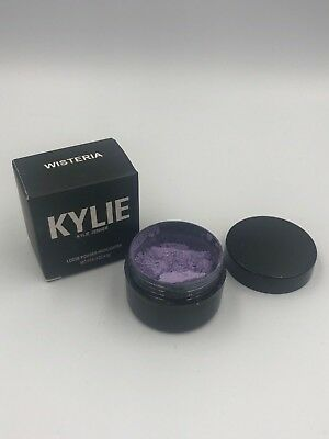 Kylie Jenner Ultra Glow Highlighter Wisteria
