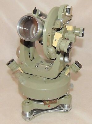 Theodolite MEOPTA TH30 + Accessories Czechoslovakia, antique, scale: 400