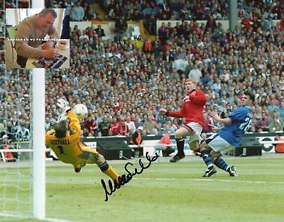 NEV SOUTHALL Signed In Person 10x8 Photo EVERTON Photo Proof COA