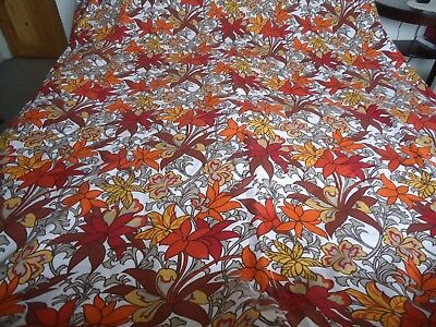 """1960's Bernard Wardle """"Guinevere"""" Oval Tablecloth Huge Excellent Condition"""