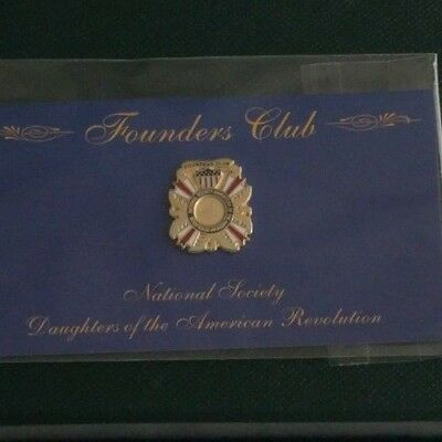 NSDAR Daughters of the American Revolution Founders Club magnetic pin