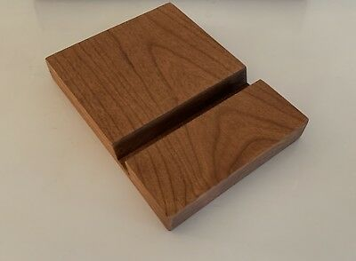 American Express Platinum Solid Wood cellphone / Tablet / iPad stand