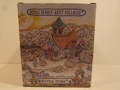 Boyds Bears-Built Villages #19008 Bearly Well Clinic