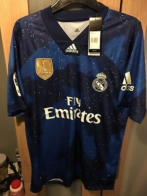 huge selection of 44394 387e4 REAL MADRID EA SPORTS Jersey 4th Kit Exclusive - Size Large.