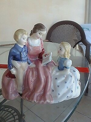 "Vintage Royal Doulton - HN2059 The Bedtime Story - Mid-Century - 4.75"" High"