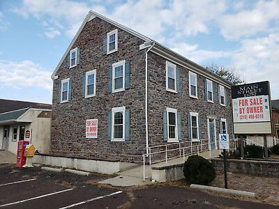 Main Street Inn - Large Restraurant, Banquet Hall And 2 Apartments!! Commercial
