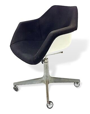 Chair Armchair Shell Design Charles Eames for Herman Miller Years 50 Vintage