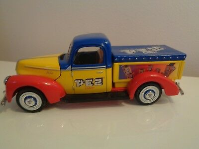 Limited Edition Pez Candy Golden Wheel Diecast 1940 Replica Ford Pick Up