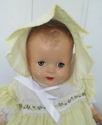 Vintage Baby / Doll Bonnet Yellow & White Cotton Button Back with Satin Ties