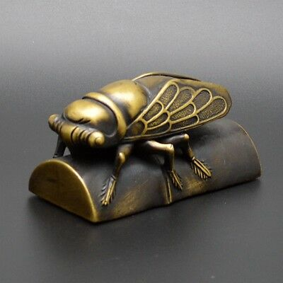 China Exquisite Old Handwork Brass Cicada  Bamboo Paperweight  Statue dl
