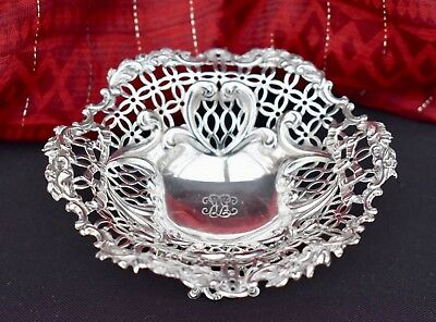 Superb Heavy Solid Sterling Silver Berry Dish, William Comyns London 1891-112Grm