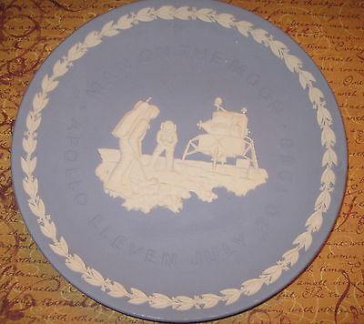 "8"" Man on the Moon Apollo 1969 Wedgewood England collector plate"