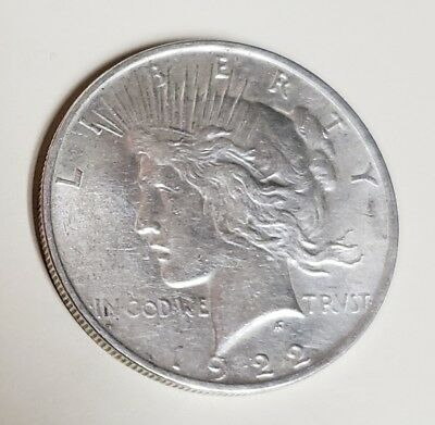 1922 Silver Peace Dollar A/u.. Great Shine And Details.. Bargain Buy  !!