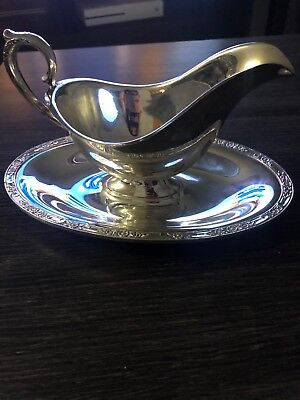 Gravy Boat And Plate