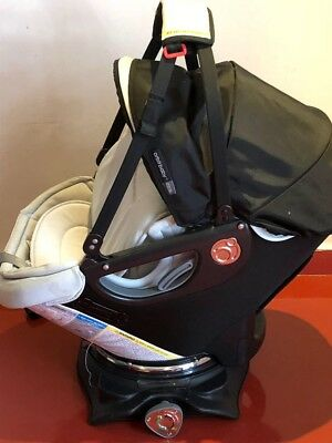 AWESOME PREOWNED Orbit G3 Baby Infant Car Seat & Base Travel System Set