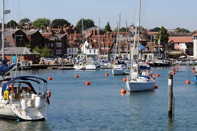 YACHT SAILING HOLIDAYS in uk (sail from Chichester Harbour base)