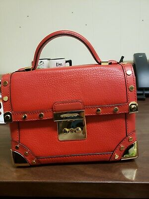 3409e4289cc1 MICHAEL KORS CORI Small Trunk Leather Bag  398