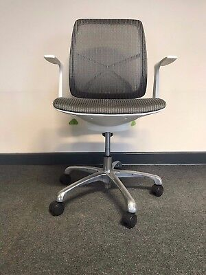 Office Chair Adjustable Back Support and Seat Height Compute Executive Desk