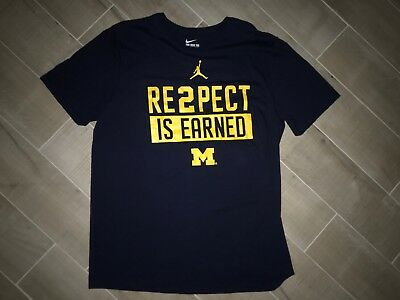 84d2865768f28c Michigan Wolverines Football T Shirt Nike Jordan XL Preowned Re2pect Is  Earned