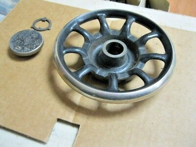 Singer Model 66 RED EYE Treadle Sewing Machine 9 Spoke Hand Balance Wheel