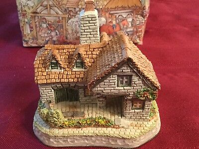 """David Winter Cottages """"The Tannery"""" Handmade Hand Painted Great Britain Orig Box"""