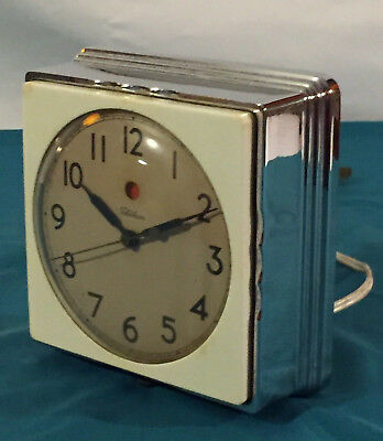 Vintage Telechron Model 2F01 Consort Kitchen Wall Clock Great Working Condition
