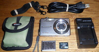 Olympus FE-230 7.1 MP 3.0x Optical Zoom Lens Silver UVGC Guarantee Accessories