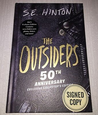 se hinton the outsiders book