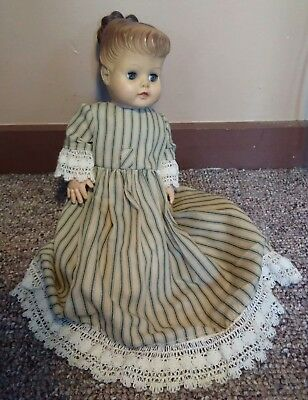 """Vintage 1950s Eegee 15"""" One Piece Doll Body Molded Hair Green Eyes"""