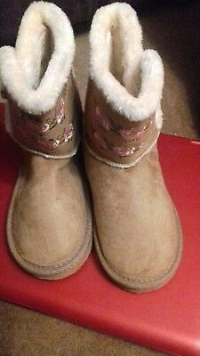 Girls/infants faux suede  faux fur lined ankle boots tan browm 8 and 11 02160618