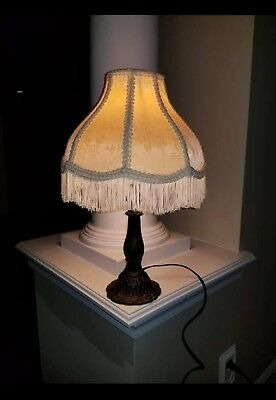 Vintage Table Lamp, Fringe Shade, Excellent Condition