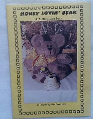 """Honey Lovin'"" Bear Pattern"